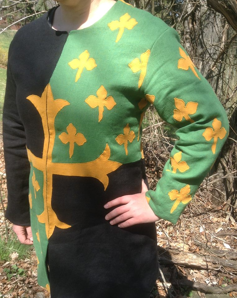 Cheryl, Just a close up of the sleeve and front cross appliqué. The cross matched up perfectly in t he front...