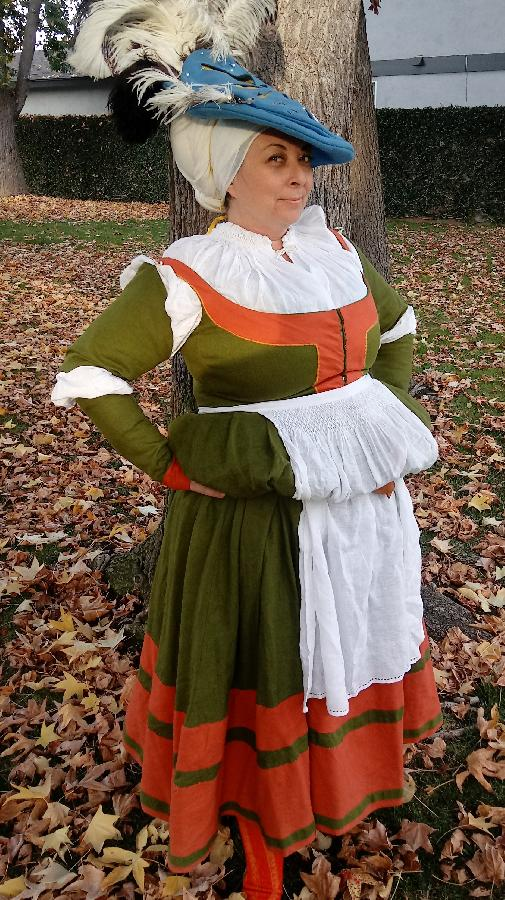 Lalena, This 16th century trossfrau ensemble uses a mixture of weights and colors of fabric-store linen.  Th...