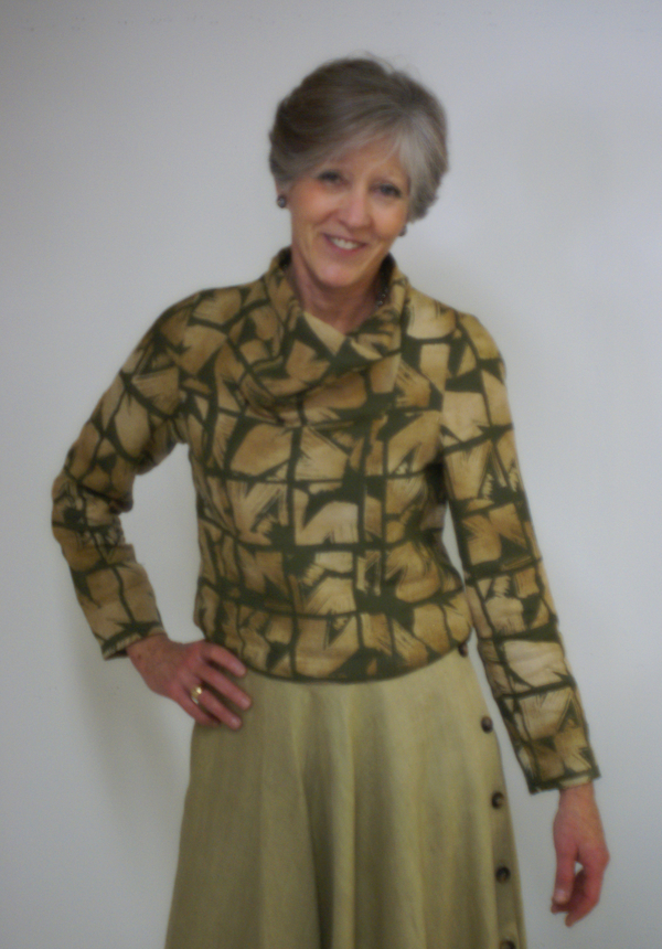 Kathryn, The fabric for this blouse was hand screened using discharge paste on IL019 Olive linen. As the fron...