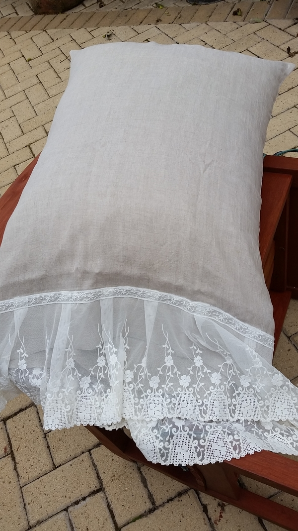 Teresa, This is a French seam pillowcase in beige linen and vintage lace.