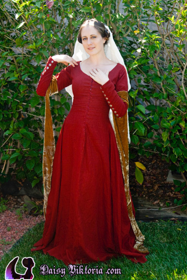 Daisy, Red Linen Medieval Dress with White Linen Veil