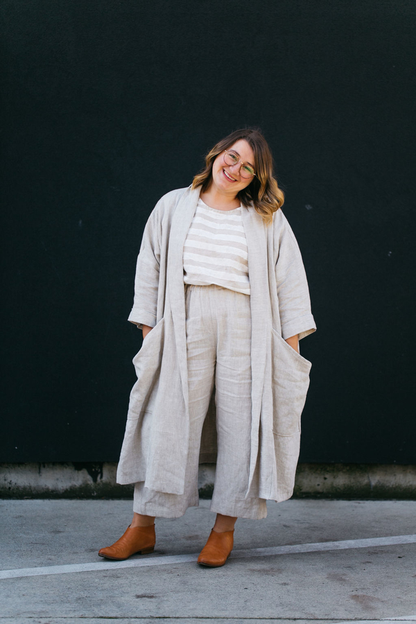 Brooke, This linen suit is the outfit of my dreams! Top is made with IL032 Mix Natural Middle and hand paint...