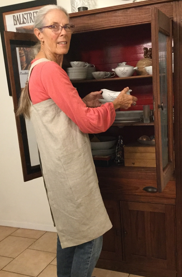Patti, Crossback apron of 4C22 Natural linen.  I am in my first year of sewing linen, and each project fill...