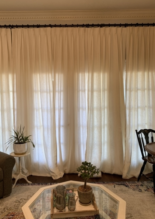 Corey, Pinch pleated linen drapes with hand sewn seams. Made with IL019 Tadelakt.