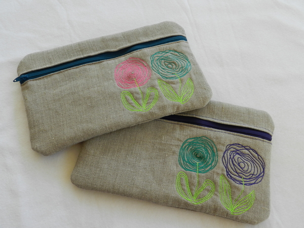 Cassandra, Cosmetic bags, made out of linen, make the cutest gifts!