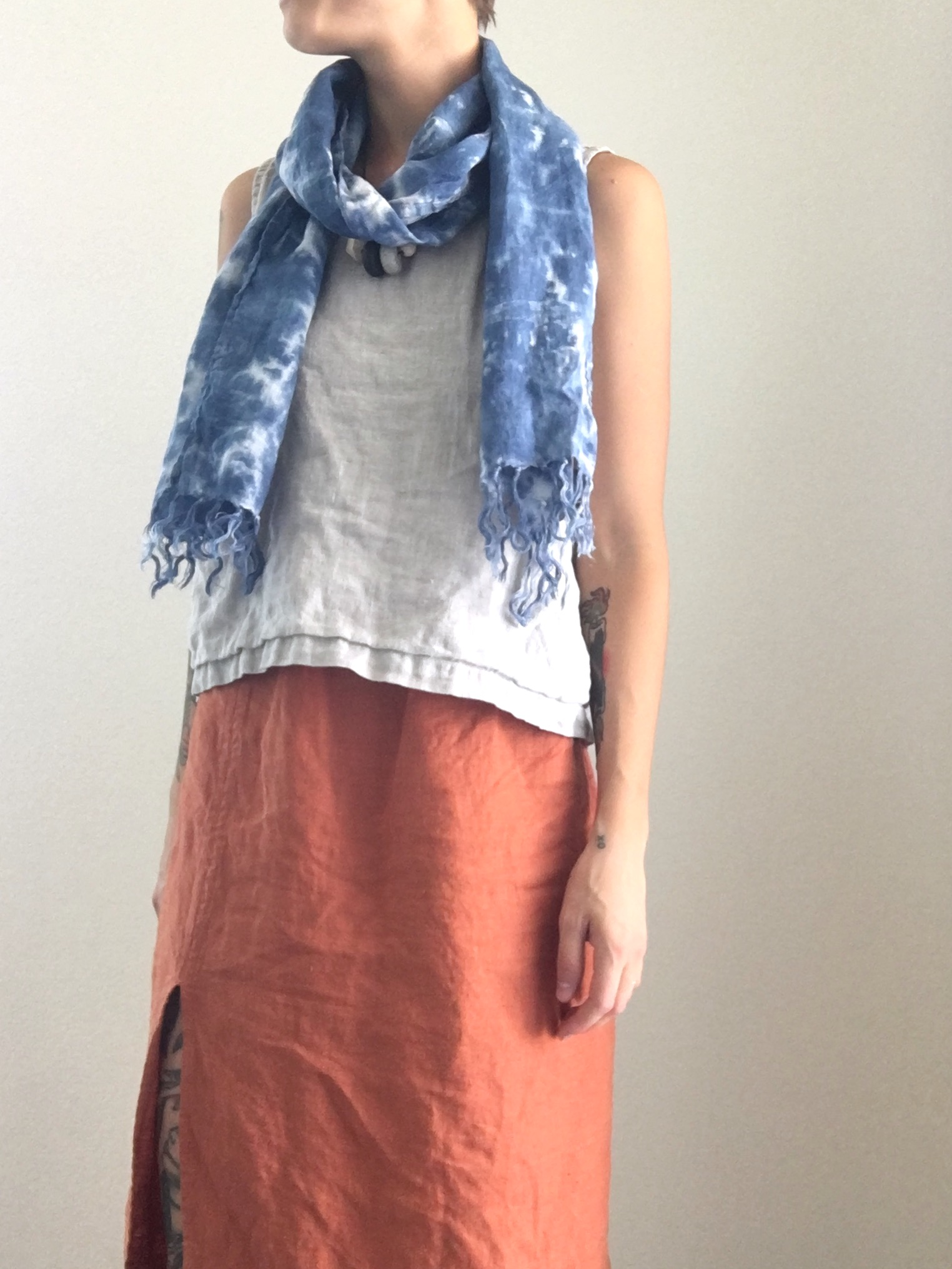 Sam, All Linen Outfit, Skirt: IL019 Rust, Top: IL019 Mix Natural, Scarf: IL020 Bleached hand dyed.