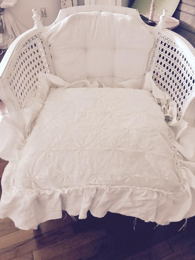 Theresa, Linen vintage chair with fat white linen ruffled pillow