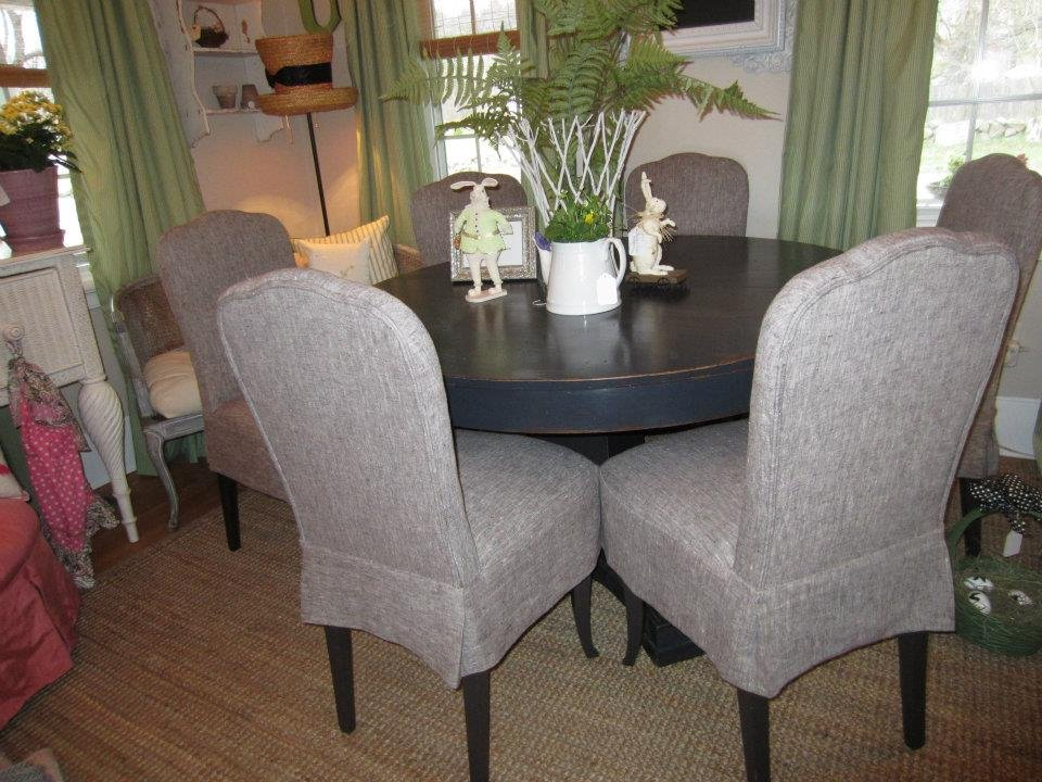 Leslie, 1910 dining chairs restored in the IL090 8oz. mix natural.