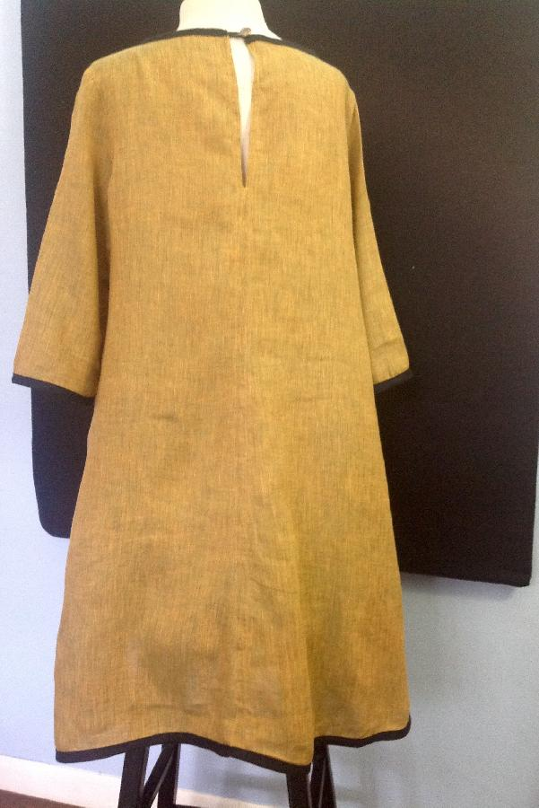 Susan k, Back view of pullover flared lien dress.