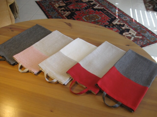 Berit, Guest/Kitchen towels made with two color 100% linen.