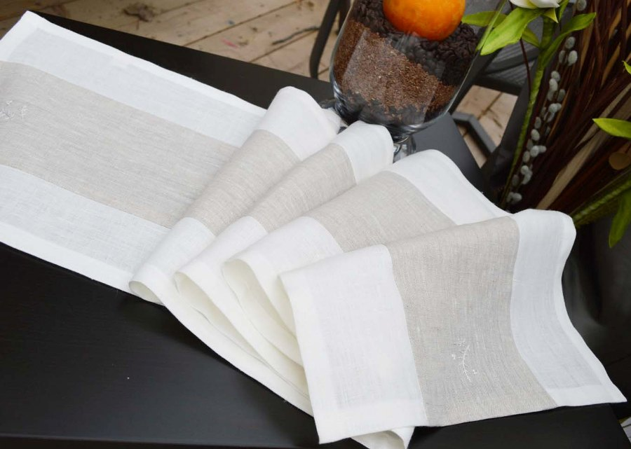 Ralita, I made this Table Runner from  IL019 MIX NATURAL and IL019 BLEACHED 100% Linen.
