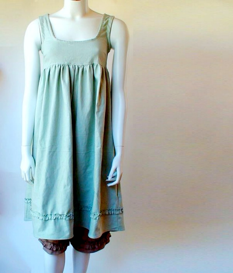 Natallia, Linen tunic dress I made with medium weight Linen cloth in pale Mint color. Coordinating linen bloom...