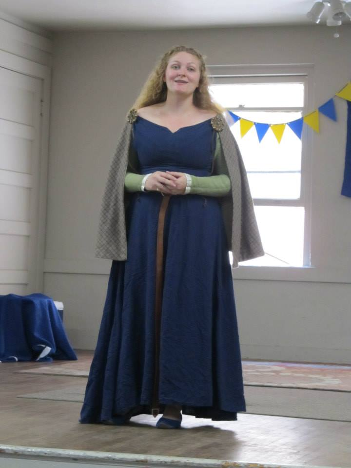 Kathryn, 100% linen kirtle (green) and surcoat (blue), circa 1400. Worn with a wool mantle an reproduction br...