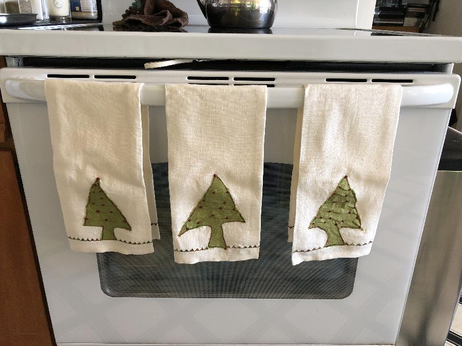 Melanie, Hand crafted Linen Towels