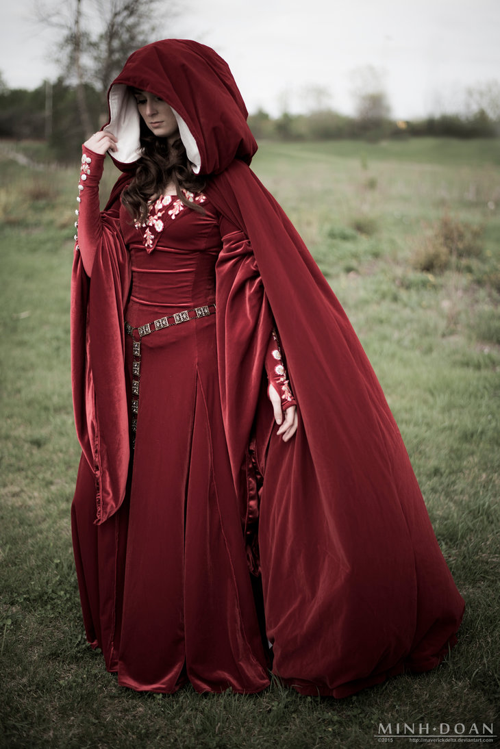 Stephanie, This dress is based from Medieval queen Genevieve from the Arthurian legend. The embroidery is all d...