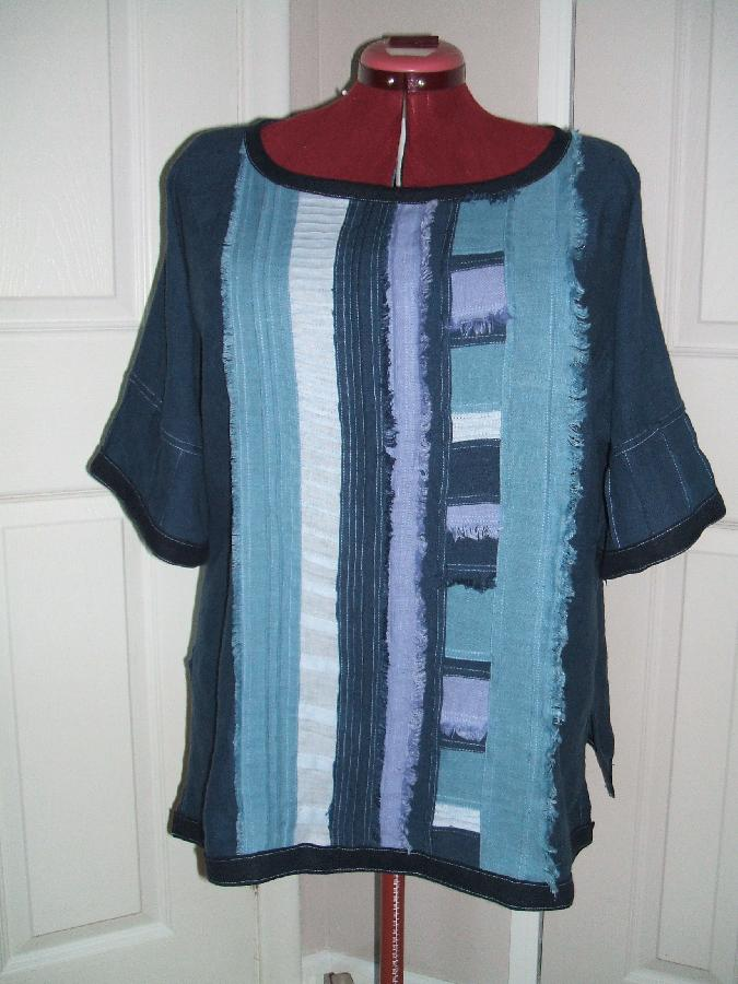 Maria, A tunic in boho style. IL019, shades of blue. A fun way to utilize linen scraps!