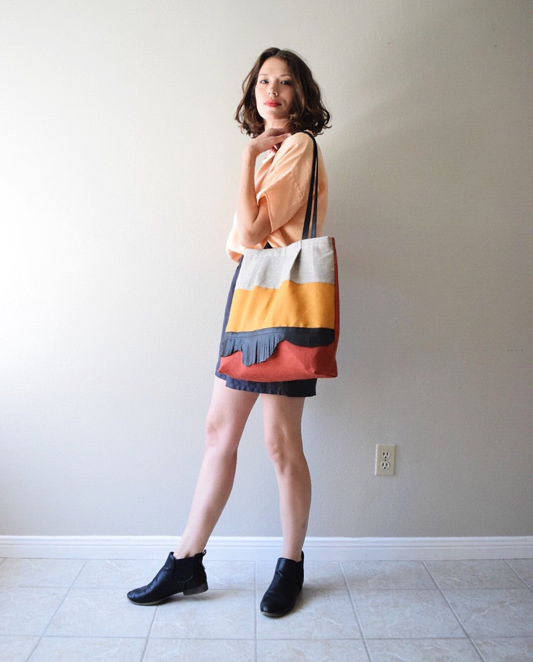 Randee, Top, shorts + tote made with Fabrics-Store linen. Nine Iron, Apricot Ice, Sedona, Autumn Gold, and M...