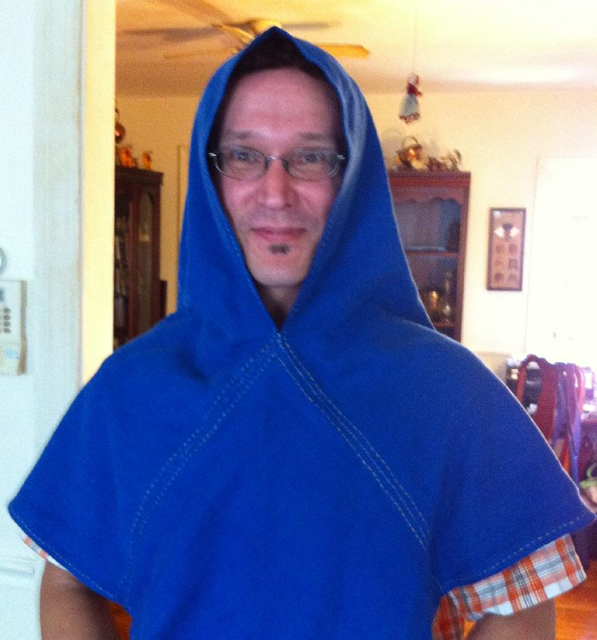 Jen, This reproduction of the Skjold hood from 11th century Norway uses heavy-weight linen 4C22 in Royal...