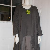 Tina Givens Holly (graphite linen) and Cara Pant (oasis linen)