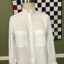 I love a white linen shirt. This Archer Button Up shirt (Grainline Patterns) was made with your...