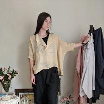 Loose Fitting drapey all season layering top using Biscotti IL042 open weave linen. Black linen...
