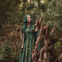 This project was made to celebrate the beauty of Florida's swamps. The dress is made with two di...
