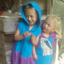 Matching hooded dress tunics for my littles. In 100% lightweight linen. Both patterns are of ori...