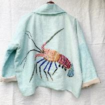 I choose a heavyweight linen to make this jacket which I embroidered a Hawaiian spiny lobster on...