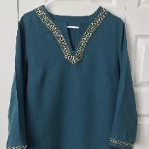 Hand embroidered and beaded tunic made with IL019 Sphinx Softened.