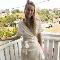 This bell bird wrap dress just screams summer day vibes. The ivory linen gives it a relaxed, coa...