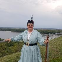 This was in Hannibal, Mo, back in September. This is my rendition of a waterside dress. I made i...