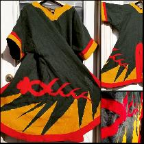 An 11th century styled split t-tunic appliqued with our kingdom's war banner. The fabric is linn...