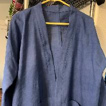 This Hana jacket was made with IS003 bleached 51% linen/49% cotton blend.  I dyed the fabric a l...