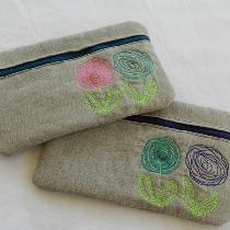 Cosmetic bags, made out of linen, make the cutest gifts!