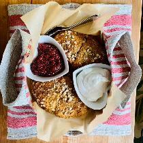 I used IL073 950 to make a pie carrier tote.  My friend used it for scones, jam and heavy cream....