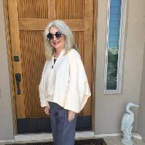 I made this linen outfit using the Plaza jacket  and pants pattern from the Sewing Workshop.