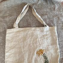 Theme: Nature and Environment. I sewed this bag from mid-weight linen and embroidered my latest...