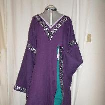 Bliaut made from IL019 Royal Purple with Sphinx sleeve lining.
