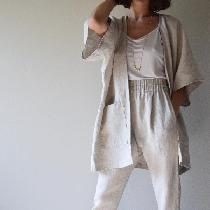Kimono and pleated trouser made with softened Mixed natural, heavy weight. My very favorite line...