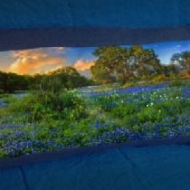 I made this pillow with Fabrics Store's Pacific Blue linen fabric. I used a landscape photograph...