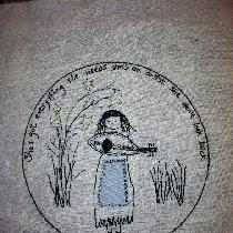 Decorative pillow cover. Hand embroidered on 100% linen.