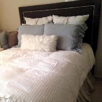 I love linen! This is a complete linen bed...aside from the fur pillow. Currently I'm having 2 n...
