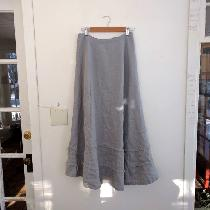 Linen 'Helena' skirt done in IL019 DRIZZLE