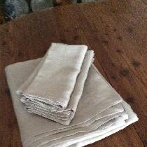 Linen napkins and tablecloth