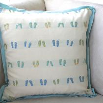 Great flip top fabric throw pillow piped with flat fabric-store linen with butterfly corners.