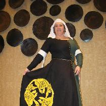 14th Century complete outfit made entirely in linen. The Cotehardie gown is in my SCA household'...