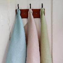 I am in love with Tea Towels!  Blue Cottage Creations will be opening soon on Etsy and one of ou...