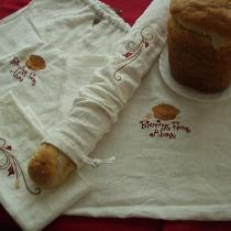 These embroidered linen bread bags are created of Krista colored IL019, which keeps fresh loaves...