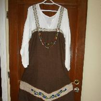 I made this 4 panel Viking apron out of  chocolate brown heavy weight linen(4C22).  I added the...