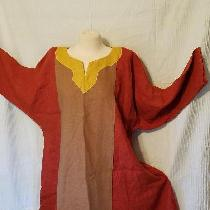 100% linen tunic. I love linen 100%. Color is sedona, and mineral yellow (both il019) I had acqu...